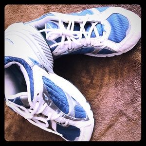 Nike Air BRS 1000 running shoe